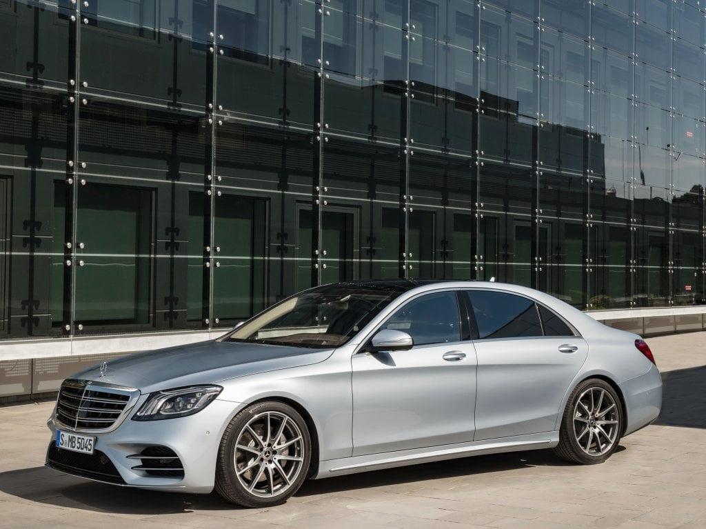 "Die aktualisierte Mercedes-Benz S-Klasse erhielt die Funktion ""Autopilot"""
