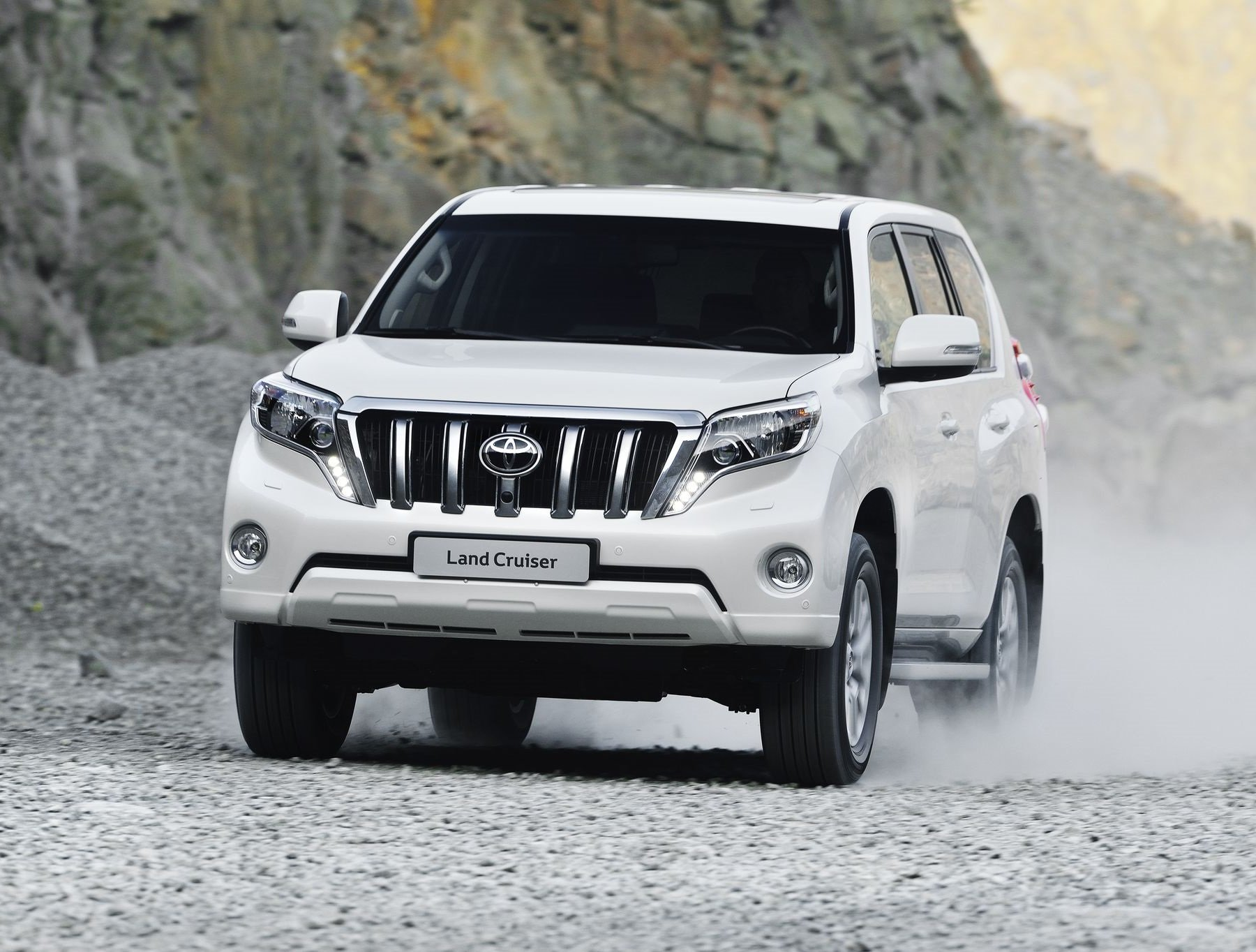 SUV Toyota Land Cruiser Prado became the most popular diesel cars in Moscow