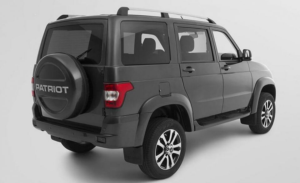 "We SUV UAZ ""Patriot"" there was a budget version"