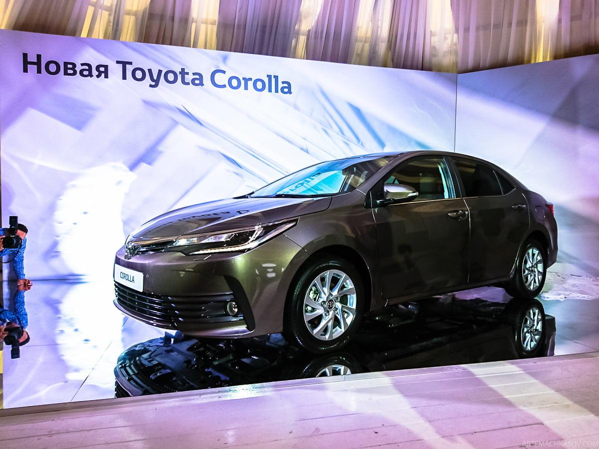 Седан Corolla является бесспорным лидером продаж