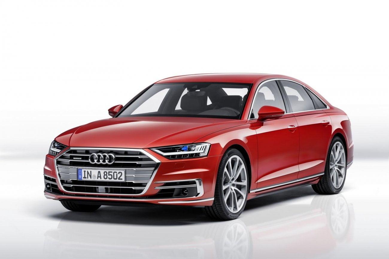 """Die aktualisierte Audi A8: statt Schlüssel Smartphone """"Prellen"""", die Aussetzung, Fußmassage"""