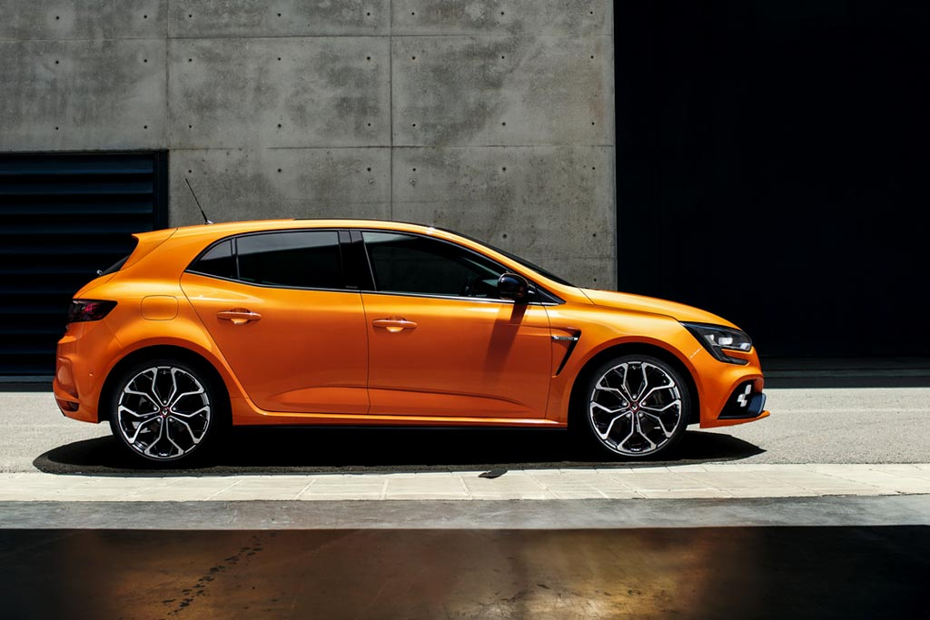 In the web published live photos Renault Megane RS 2018
