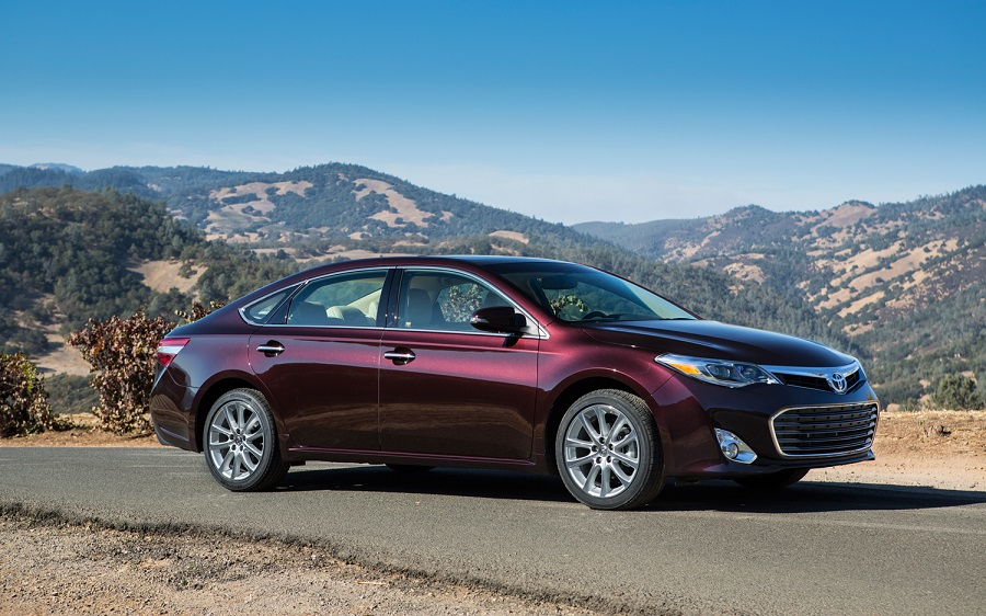 Toyota presented the new generation Avalon