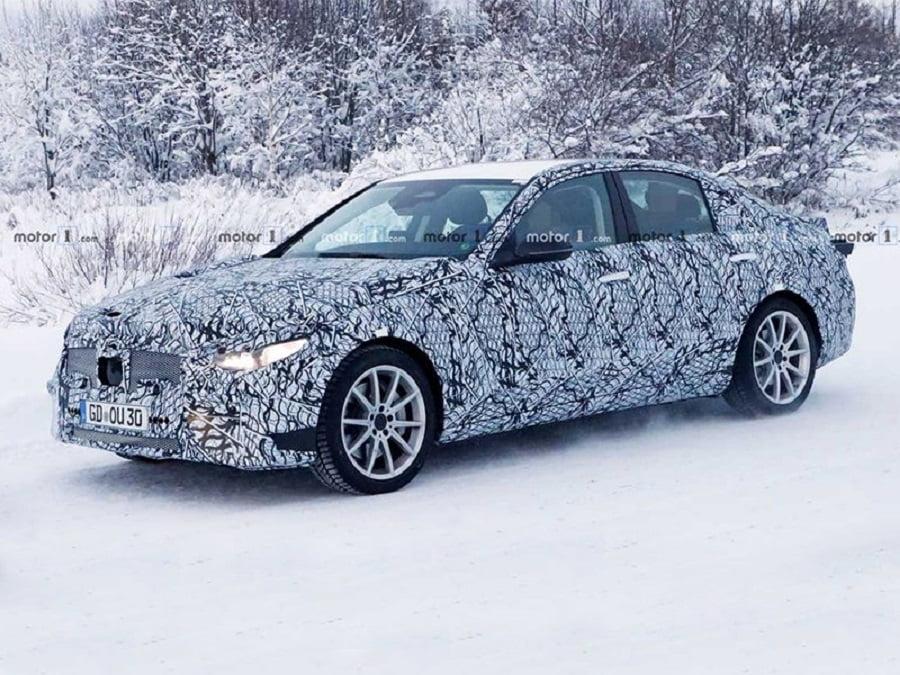 Зимние испытания нового Mercedes C-Сlass в самом разгаре
