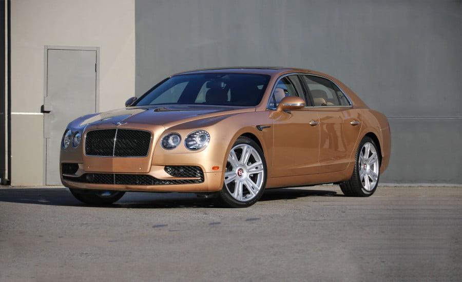 Freigegebener neuer Bentley Flying Spur