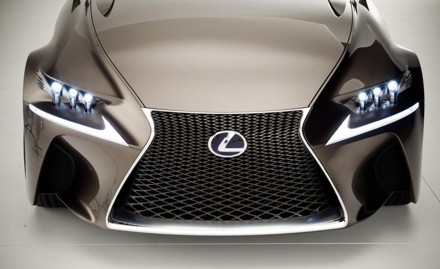 In the near future will show the concept of the first electric car from Lexus