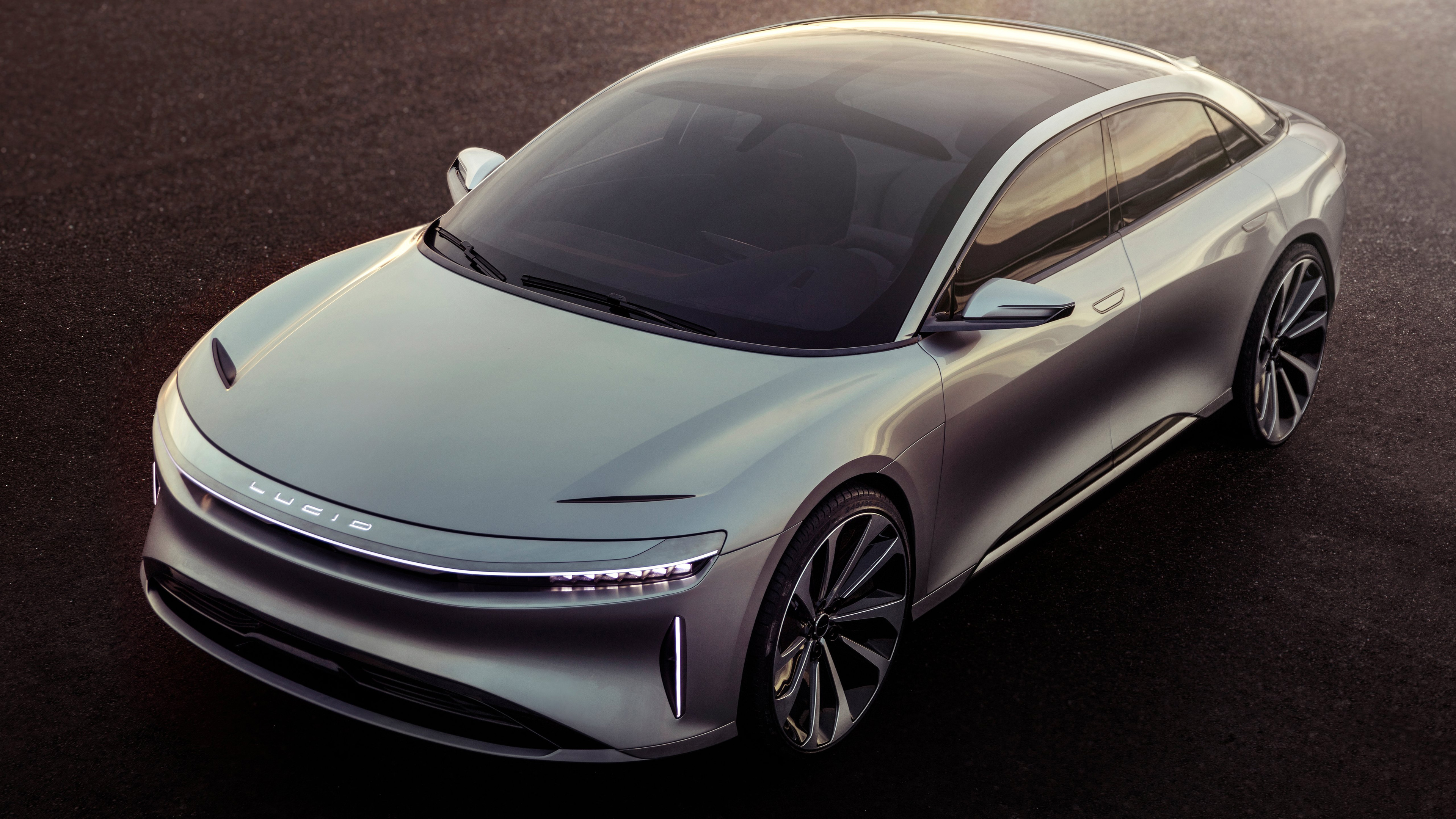 Lucid is preparing for the premiere of the electric sedan Air, it is much faster than the Tesla Model S