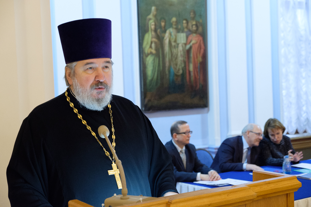 """Transfer between the airports of St. Petersburg and the exhibition """"Forum of the Orthodox community of St. Petersburg 2020"""""""