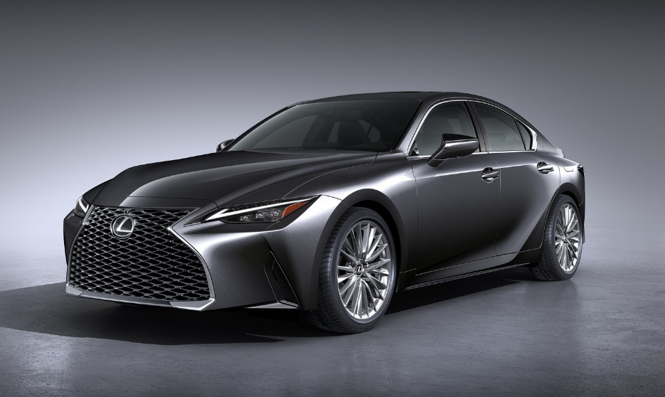 The new Lexus IS officially presented: fresh appearance, familiar motors