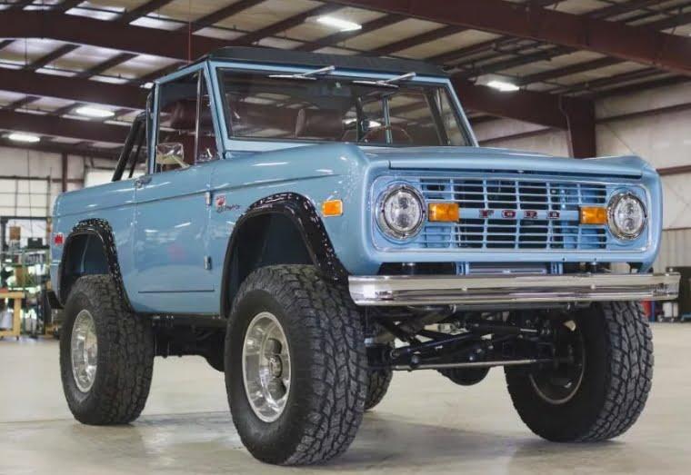 Ford nahm die Produktion von Bronco wieder auf und führte Autos der neuen Generation ein