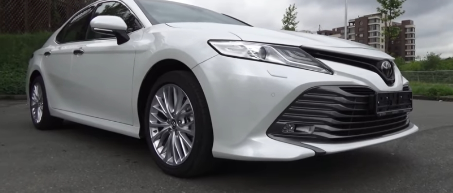 Toyota fans can now book a brand new Camry