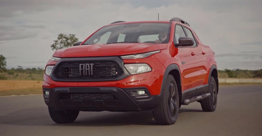 The characteristics of the main rival of Renault Duster, the new pickup from Fiat have become known